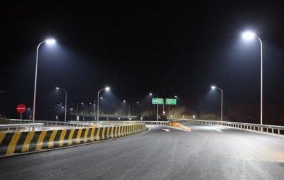 Công dụng của đèn chiếu đường