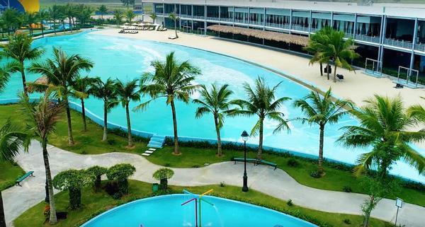 Những ưu điểm của bể bơi nhân tạo quốc oai so với các nơi khác