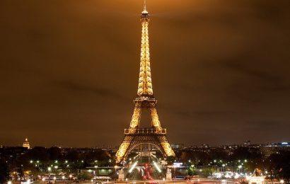 Những địa điểm không thể bỏ qua khi đến Paris