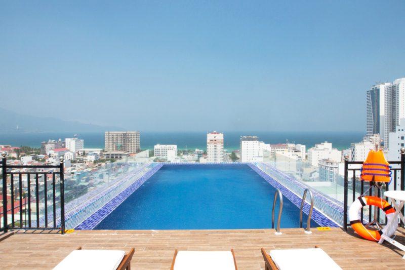 Những khách sạn có bể bơi ở Đà Nẵng đẹp nhất