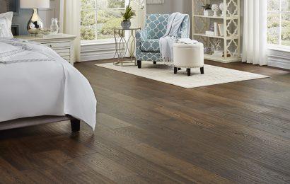 Lựa chọn sàn gỗ Hàn Quốc màu sáng cho phòng khách hiện đại